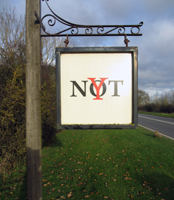 Y Not Antiques, Stratford-upon-Avon road sign